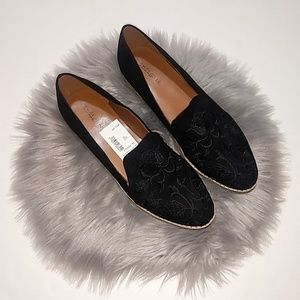 Indigo Rd | Black Embroidered Hanily Loafer - 8